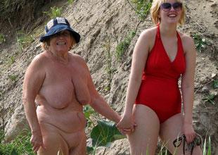 Senior nudist photos